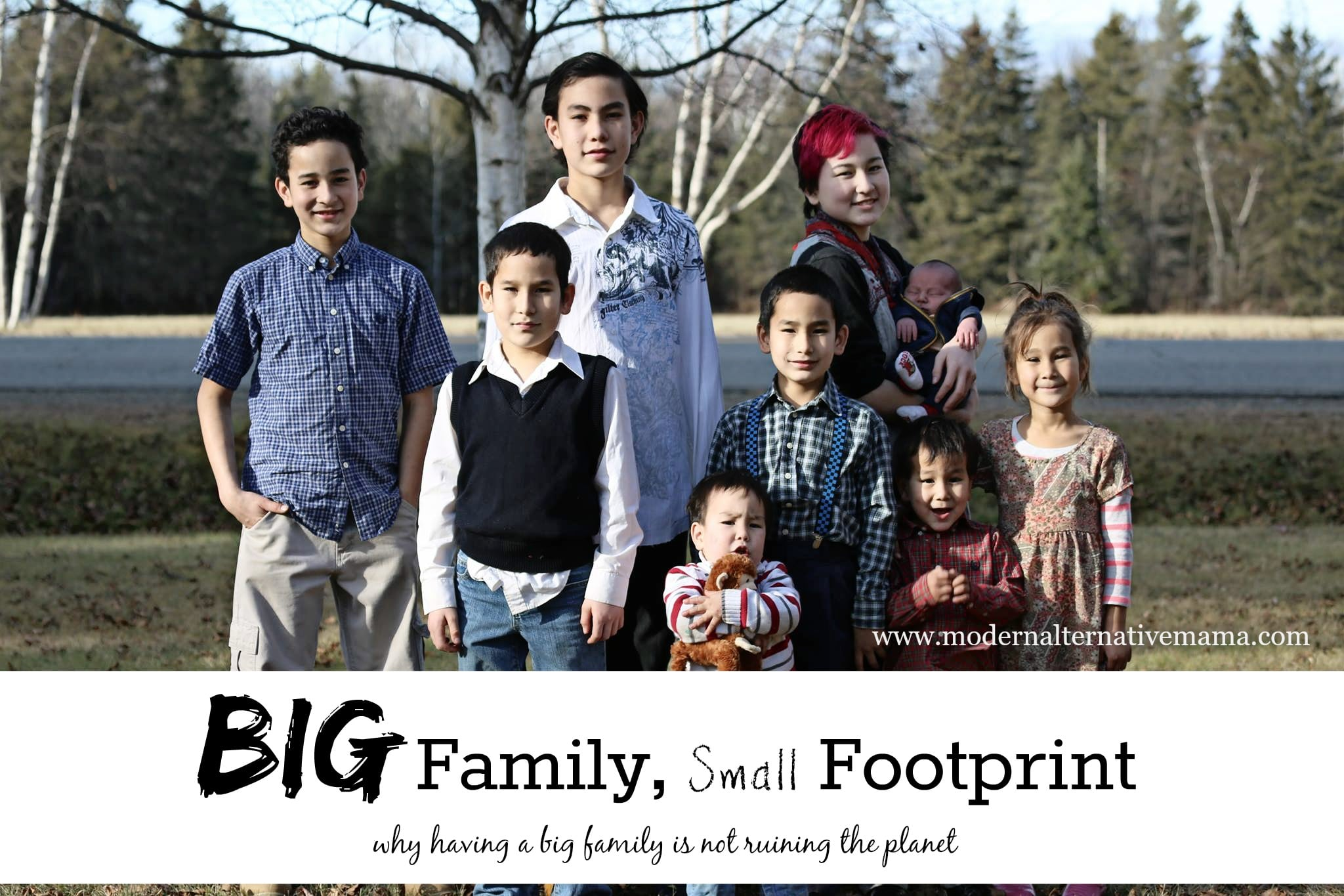 f7459776 Big Family, Small Footprint - Modern Alternative Mama
