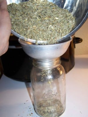 DIY Glycerin Tincture {The Crock Pot Method}